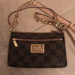 Michael Kors MK Swing Crossbody Checkered Handbag